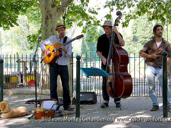 Straßenmusiker in Lourmarin